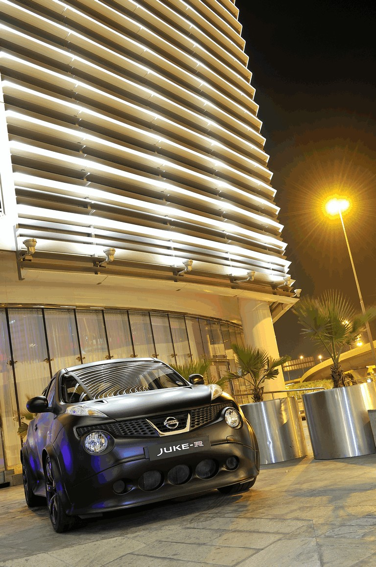 2012 Nissan Juke-R concept - Dubai 333222
