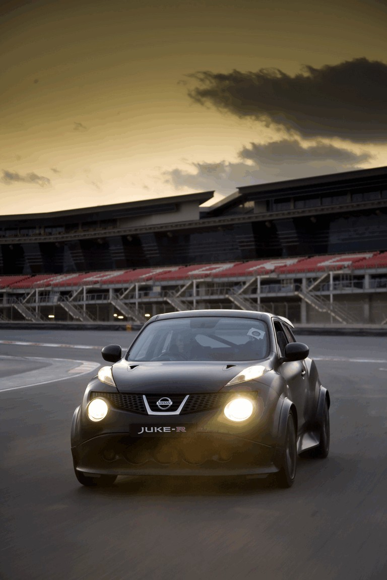 2012 Nissan Juke-R concept - Dubai 333226